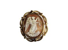 Beautiful cameo jewellery, like this cameo brooch, isn't as popular as it used to be. Why not sell it to Vintage Cash Cow for free.