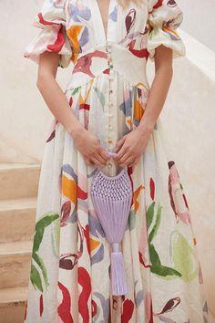 10 Fashion Labels we bet Frida Kahlo Would have Loved 80s Fashion, Fashion Prints, Boho Fashion, Fashion Outfits, Fashion Quiz, Fashion Hacks, Korean Fashion, Vintage Fashion, Swag Fashion