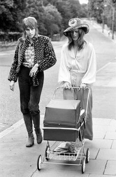 """Here's David and Angie Bowie taking their then baby Zowie out for a walk in June of Their son's birth (and a Neil Young album) inspired the song """"Kooks"""" on Hunky Dory. Angela Bowie, David Bowie, Neil Young, David Jones, Duncan Jones, Moonage Daydream, The Thin White Duke, Star David, Ziggy Stardust"""