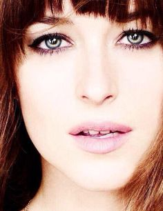 Dakota Johnson this is the best I've seen her look but I still think she is oh so wrong to play Anna