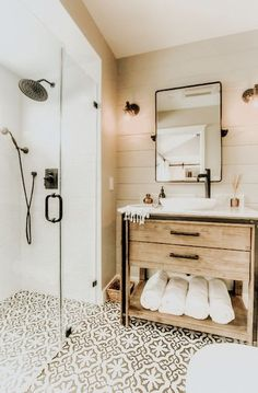 10 Easy Ways To Bring Vacation To Your Home Bathroom Decor Ideas . - 10 Simple Ways To Bring Vacation Into Your Home Bathroom Decor Ideas Bring Simple House To Your Vac - modern elegant Bad Inspiration, Home Decor Inspiration, Decor Ideas, Decorating Ideas, Decorating Websites, Small Bathroom Inspiration, Diy Ideas, Garden Inspiration, Creative Ideas