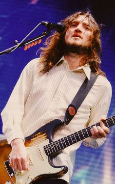John Frusciante John Frusciante, Children Of Bodom, Bullet For My Valentine, Dave Matthews, Jack White, Cool Guitar, Cool Bands, Rock And Roll, Actors