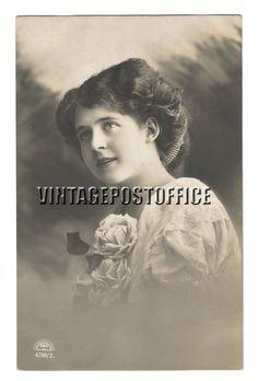 Flower girl vintage postcard girl vintage door vintagepostoffice