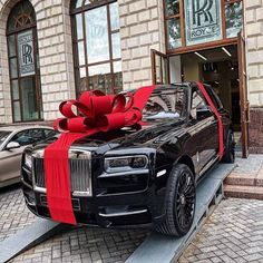 Dream Cars, My Dream Car, Fancy Cars, Cool Cars, Voiture Rolls Royce, Vagas Home Office, Rolls Royce Cullinan, Lux Cars, Car Goals