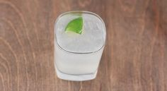 How to Make a Classic Gin and Tonic | eHow | eHow