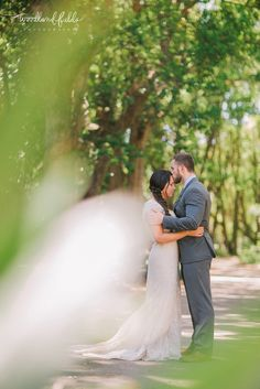 Woodland Fields Photography | Maclay Gardens Wedding Tallahassee FL | Highlands Gardener | Vocelles Bridal | Small intimate morning wedding | bride and groom portraits by gardener's cottage