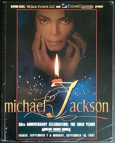 MICHAEL JACKSON RARE PROGRAM BOOK 30TH ANNIVERSARY CONCERT - http://www.michael-jackson-memorabilia.com/?p=13675