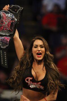 Nikki Bella is your current Divas Champion Wrestling Superstars, Wrestling Divas, Women's Wrestling, Nikki Bella Photos, Nikki And Brie Bella, Wwe Divas Paige, Nxt Divas, Wwe Female Wrestlers, Female Athletes