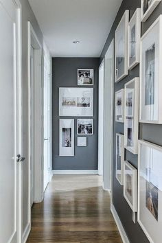 flur gestalten farben ostseesuchecom neu farbe ostseesuche com mit hall design colors ostseesuchecom new color ostseesuche com with Dark Hallway, Modern Hallway, Upstairs Hallway, Hallway Ideas Entrance Narrow, Corridor Ideas, Long Hallway, Flat Hallway Ideas, Entry Hallway, Hallway Wall Decor