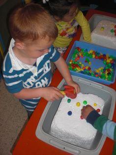 Nageltjes kloppen! (LaLaLien) Simple Machines, Community Helpers, Mamas And Papas, School Themes, Classroom Setup, Childcare, Activities For Kids, Kindergarten, Preschool