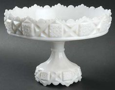 """Westmoreland""""Old Quilt"""" Pattern Footed Shallow Bowl in Milk Glass (1940-1984)"""