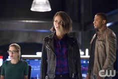 """The Flash """"Legends of Today"""" S2EP8"""
