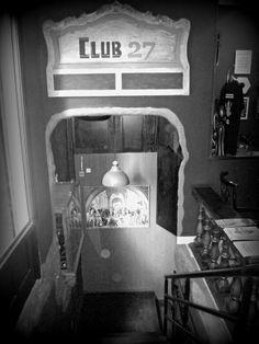 Entrada al Club 27