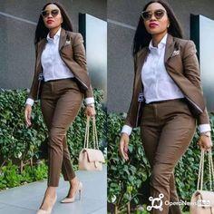 Business Professional Attire, Business Casual Attire, Professional Outfits, Business Fashion, Classy Work Outfits, Chic Outfits, Fashion Outfits, Suit Fashion, Work Fashion