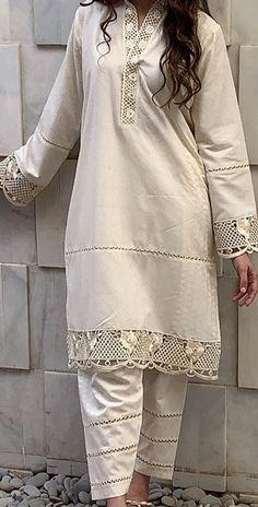 Fancy Dress Design, Stylish Dress Designs, Stylish Dresses For Girls, Designs For Dresses, Casual Dresses, Kurta Designs Women, Kurti Neck Designs, Kurti Designs Party Wear, Salwar Designs
