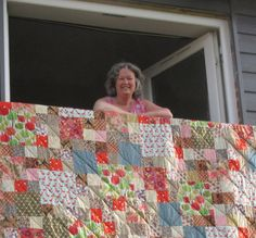 A commissioned quilt, designed and created by Adaliza Be Kind To Yourself, Workshop, Quilts, Blanket, Create, Design, Scrappy Quilts, Atelier, Work Shop Garage