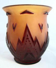 Cameo art nouveau glass vase
