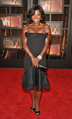 How To Get Away With Murder is a KILLER- Go Viola Davis... The Hollywood Reporter, Hollywood Actresses, Viola Davis, Under Dress, Red Carpet Looks, Classic Beauty, Beautiful Black Women, Celebrity Style, Sexy Women