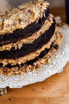 All efforts are going into the garden AND we have a birthday and so it's time for a family favorite: German Dark Chocolate Cake from Scratch German Chocolate Frosting, Chocolate Cake From Scratch, Dark Chocolate Cakes, Cake Frosting Recipe, Frosting Recipes, Real Food Recipes, Dessert Recipes, Desserts, Yummy Food