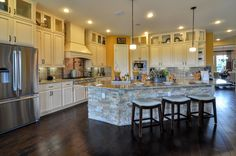 The Maidstone located in The Preserve at Thomas Springs | David Weekley Homes