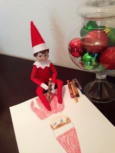 Elf on the Shelf Day 10: Self portrait. Kipper is quite the artist! #elfontheshelf