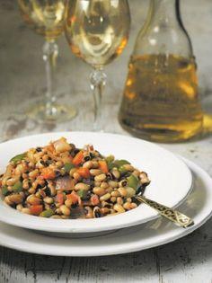 Πικάντικα μαυρομάτικα φασόλια - www.olivemagazine.gr Middle Eastern Recipes, Fun Cooking, Chana Masala, Salads, Mad, Beans, Ethnic Recipes, Kitchen, Author