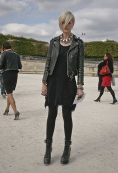 Kate Lanphear, Tuileries, S/S 10 Shows | Street Fashion | Street Peeper | Global Street Fashion and Street Style
