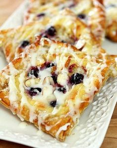 Easy to make, this Cheese, Blueberry and Almond Danish combines all my favorites into one!