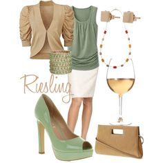 Dinner with my husband. Love this outfit!