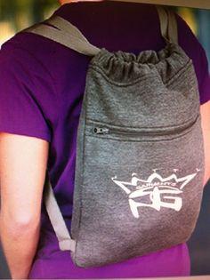 Natty garment back pack