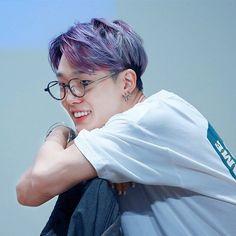 One rule: 1 picture by post Ikon Member, Kim Ji Won, Kim Hanbin, My Youth, Kpop Aesthetic, Favorite Person, Purple Hair, Boyfriend Material, Baby Wearing
