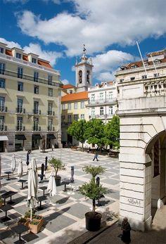 Largo de São Carlos, Lisboa