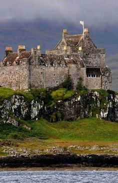 Duart Castle, Isle of Mull, Scotland   Wonderful Castles In The World
