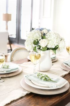 A summer home tour with modern French farmhouse style using inexpensive decorating tricks and ways to stretch your dollar to look luxe on a budget. Decoration Table, Reception Decorations, Wedding Centerpieces, Centerpiece Ideas, Deco Floral, Floral Arch, Floral Design, Country Farmhouse Decor, French Farmhouse