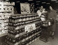 Grocery store in the 50s