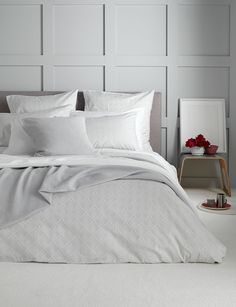 Our super soft and lovely Tulips bedding set. Stylish and contemporary tulips design, perfect for your bedroom if you love white. With our Tulips designs swirling across the sheets. Gray Bedroom, Bedroom Wall, Master Bedroom, Bedroom Decor, Bedroom Ideas, Upstairs Bedroom, Bedroom Styles, Master Suite, Hotel Room Design