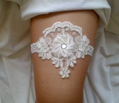 Ivory  garter lace garter flower modern garter by BarefootShop