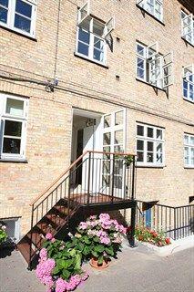 Frederiksborgvej 152A, st. tv., 2400 København NV - Dejlig andelslejlighed med egen gårdtrappe til fantastisk gårdmiljø #solgt #selvsalg