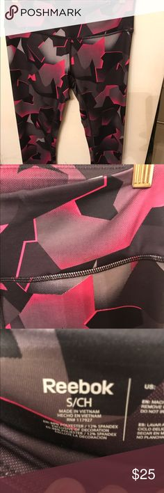 Reebok running tights in excellent condition Beautiful Reebok running tights hardly ever used no rips tears or stains Pants Leggings