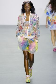 Ashish Spring 2016 Ready-to-Wear Fashion Show Look 11 Plus Size Sequin Dresses, Plus Size Party Dresses, Dress Plus Size, Holiday Party Dresses, Party Dresses For Women, Plus Size Outfits, Birthday Outfit For Women, Birthday Party Outfits, London Fashion Weeks