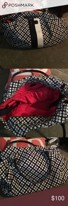 Kate Spade diaper bag/travel bag Kate Spade diaper bag /missing the changing pad.  I used it as a travel bag/carryon. kate spade Bags Baby Bags