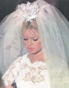 BB BRIGITTE BARDOT Bardot as a bride COME DANCE WITH ME ① ⑨ ⑤ ⑨