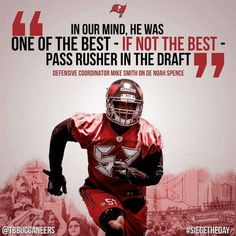 Buccaneers Football, Tampa Bay Buccaneers, Mike Smith, Football Helmets, Squad, Funny, Sports, Hs Sports, Funny Parenting