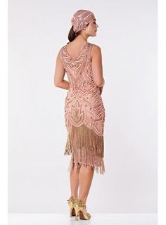 Channel the glamour and excitement of the 1920s by wearing this enticing Old Hollywood Fringe Dress in Rose. Fabulous fringe details look right at home on the hem of its beautiful bodice, which is adorned with eye-catching beading and embroidery. Flapper Style Dresses, Fringe Flapper Dress, Fringe Dress, London Outfit, Daisy Dress, Famous Black, Bridal Looks, Old Hollywood