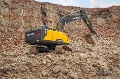 New #Volvo EC220E Offers Best-In-Class Efficiency | Rock & Dirt Blog Construction Equipment News & Information #Excavators #RockandDirt
