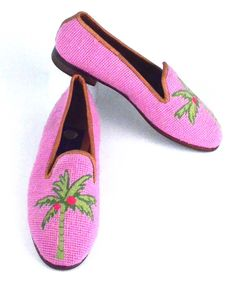 Preppy Pink Palm Needlepoint Loafers: Nothing could be more preppy than this new pattern featuring Pink and Lime Palm with Hot Pink Coconuts.  The design is stitched by hand in petitpoint  (20 individual stitches per inch).  Our needlepoint shoes are fully lined with soft kid leather, have a half inch heel and composition sole. Available for immediate delivery in whole and half sizes from 6.5 to 11, medium width only. Our loafers run a bit snug. I generally wear an 8.5 to 9 and the 9 is a…