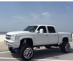 4103 Best Lifted Chevy Trucks images in 2019 | Chevy trucks, Pickup trucks, Chevy 4x4