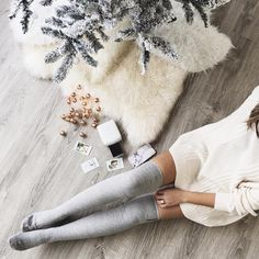 Merry and bright with @stephsterjovski ✨#UOHome #UOonYou #urbanoutfitters