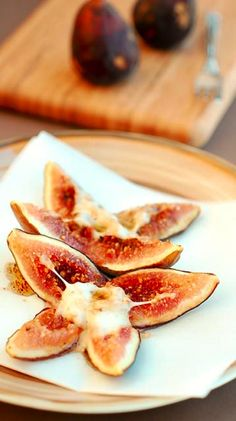baked figs with cheese