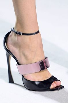 SPRING 2013 RTW     CHRISTIAN DIOR COLLECTION  Photo:Imaxtree